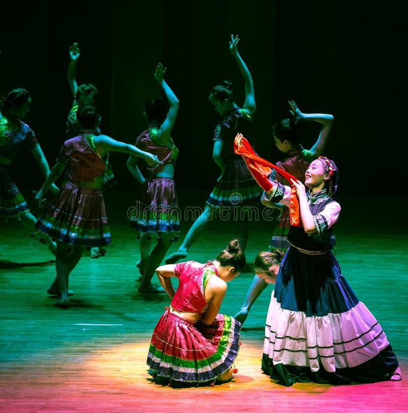 Panna młoda tana dramata Axi Yi ludowy taniec zdjęcia stock