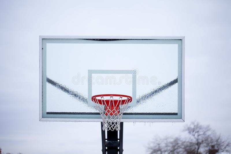 panneau arri?re de basket-ball de glace image stock