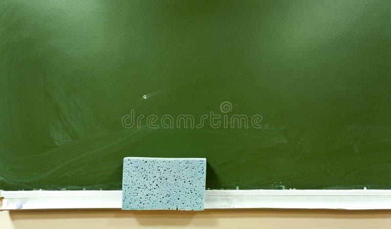 Panneau d'école vert image stock