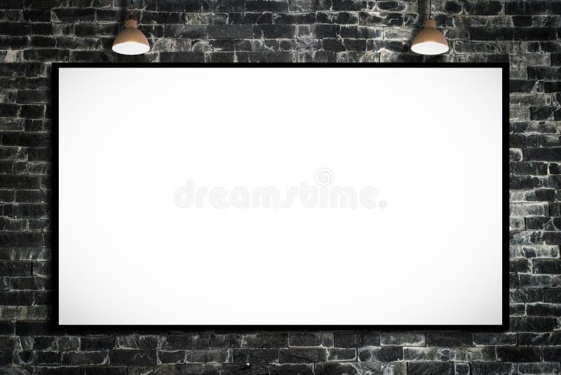 Panneau d'affichage énorme de publicité par affichage sur le mur de briques avec la lampe illustration stock
