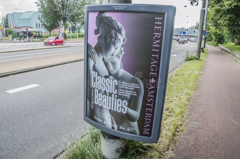 Panneau d'affichage de Centercom de l'exposition classique Amsterdam de beautés de musée d'ermitage le 2018 néerlandais images stock