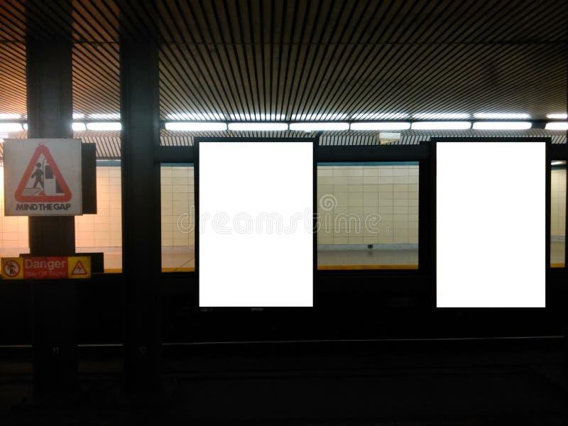 Panneau d'affichage 4 de souterrain photos libres de droits