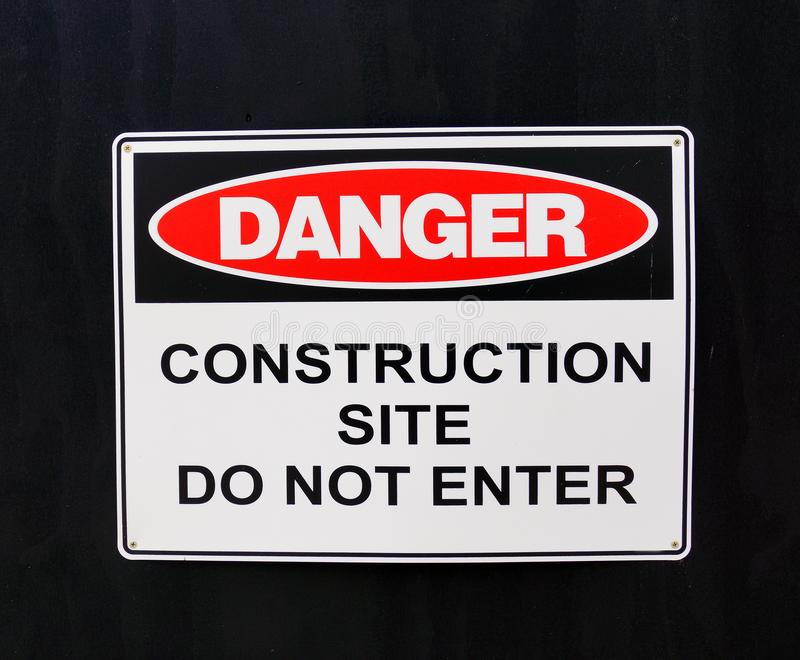 Panneau d'avertissement ; Danger, chantier de construction image stock