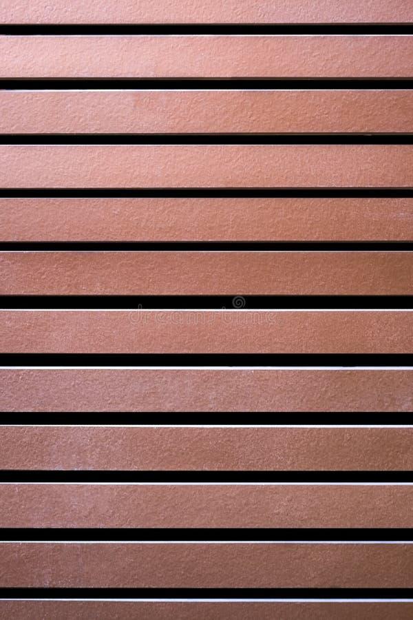 Panneau de conduit de Brown ou latte en bois de toit image stock