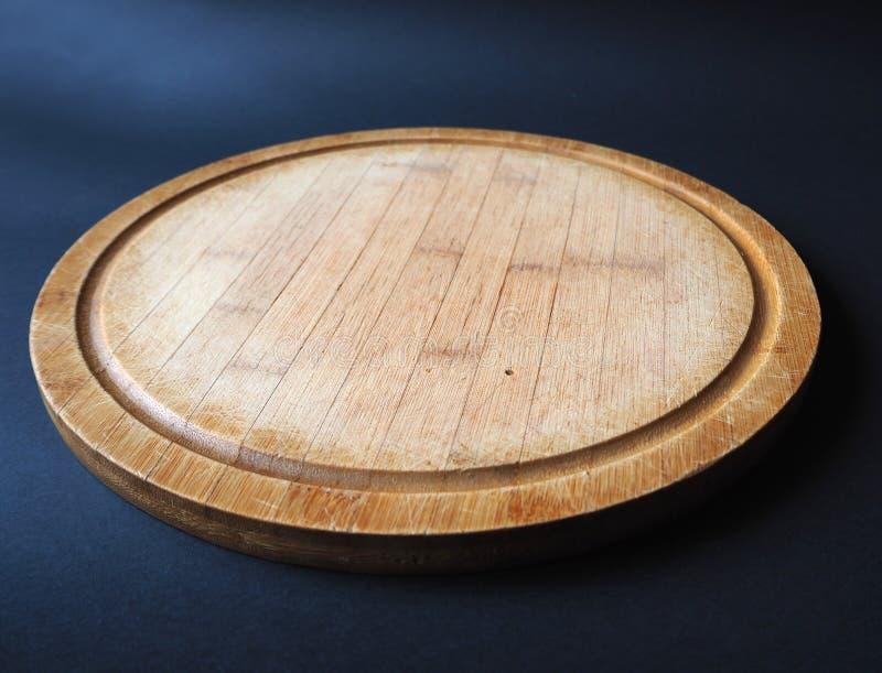 Panneau de d?coupage en bois rond image libre de droits