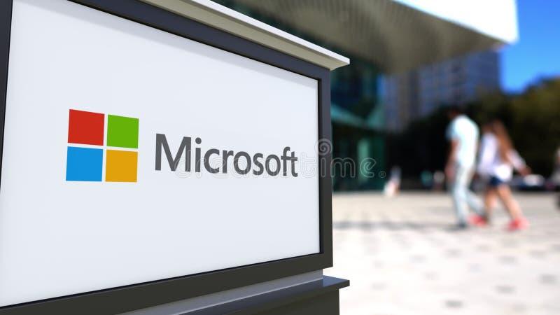 Panneau de signage de rue avec le logo de Microsoft Centre brouillé de bureau et fond de marche de personnes Rendu 3D éditorial illustration de vecteur