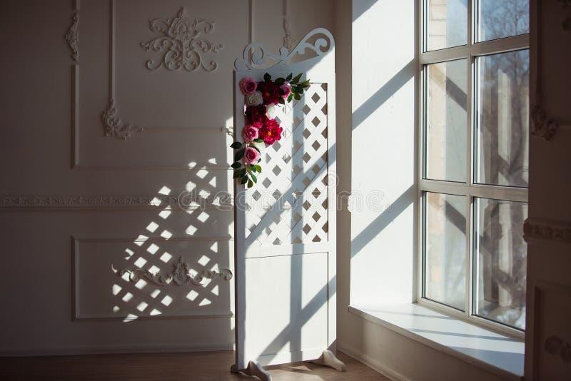 download panneau en bois dcoratif sensible blanc dans lintrieur classique pice de mariage de - Panneau De Bois Decoratif Interieur