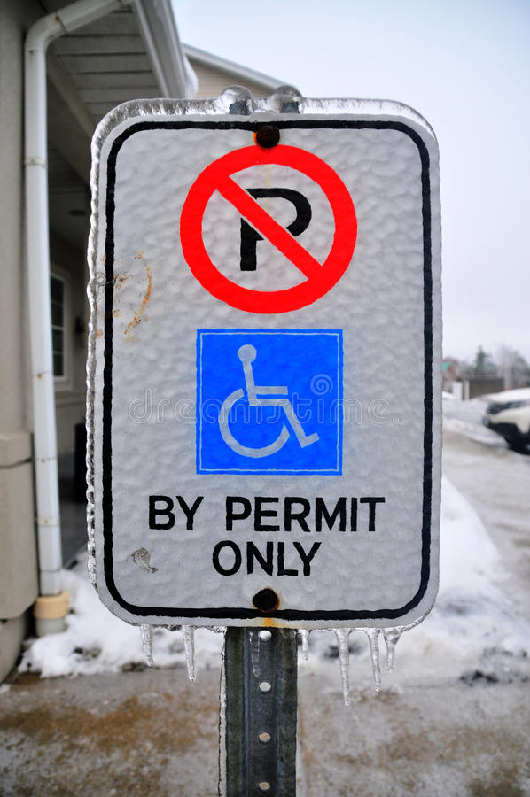 Panneau gelé de signe photographie stock libre de droits