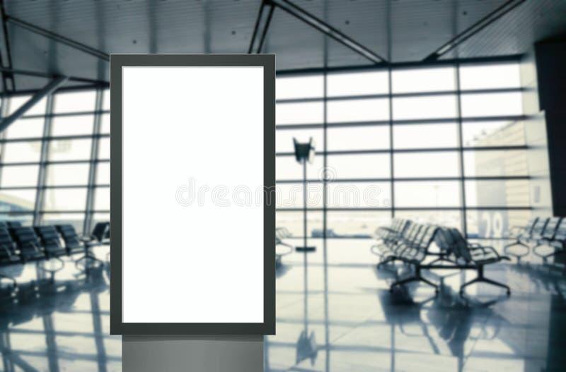 Panneau moderne d'?cran blanc vide de m?dias de Digital, enseigne pour la conception de publicit? dans la poste a?rienne, galerie photo libre de droits
