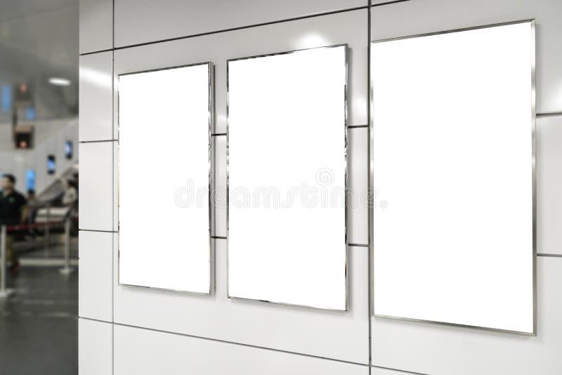 Panneau-réclame blanc vertical photo stock