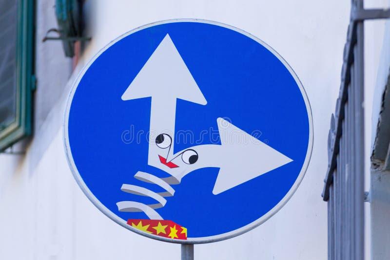 Panneau routier, art de rue photographie stock libre de droits