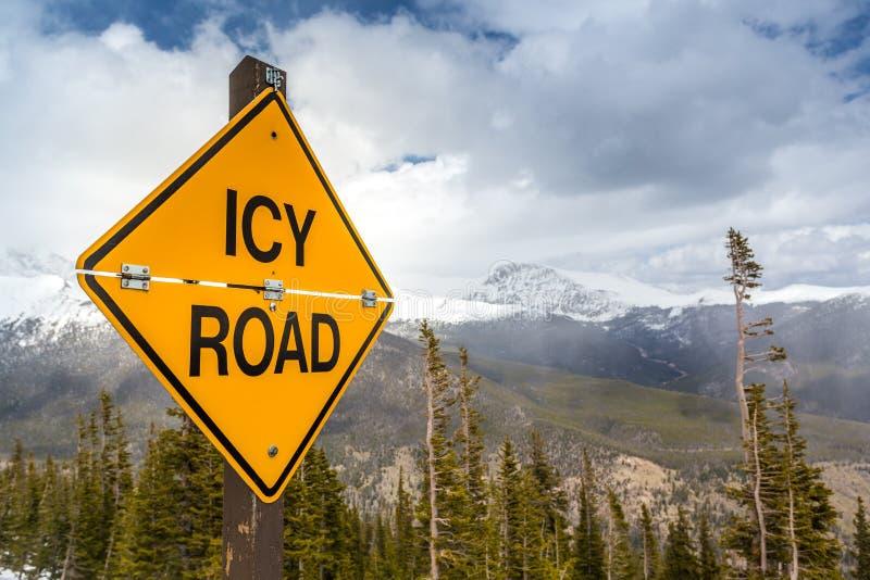 Panneau routier glacial photographie stock