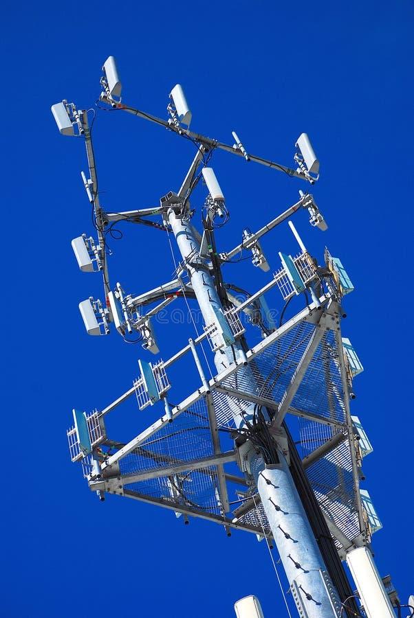 Panneaux à angles d'antenne photographie stock