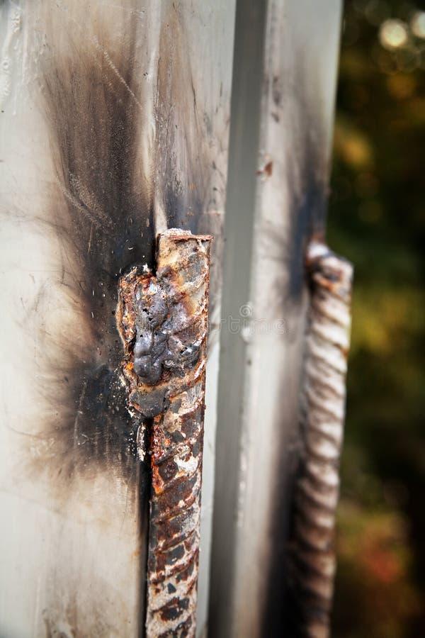 Panneaux en acier soud?s, piles solaires photographie stock libre de droits