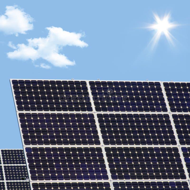 Panneaux photovoltaïques image stock