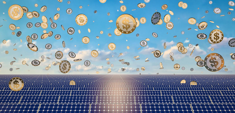 Panneaux solaires - pièces de monnaie en baisse du dollar photos libres de droits