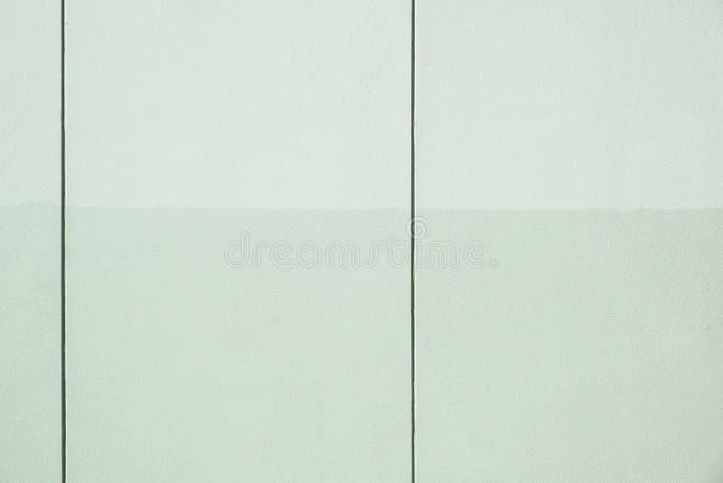Panneaux verticaux en béton industriel image stock