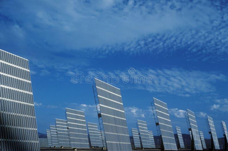 Pannelli solari fotovoltaici di ARCO in Hesperia, CA fotografie stock