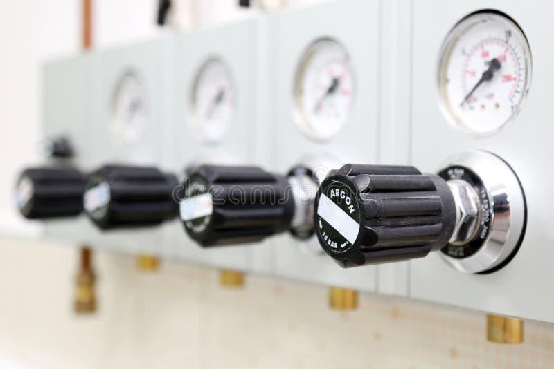 Pannello di controllo del gas del laboratorio immagini stock libere da diritti