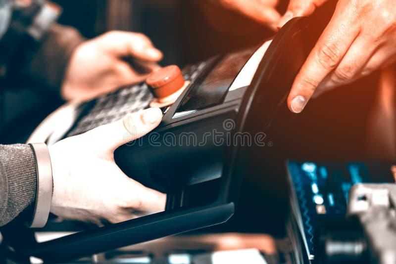 Pannello di controllo elettronico fotografie stock libere da diritti