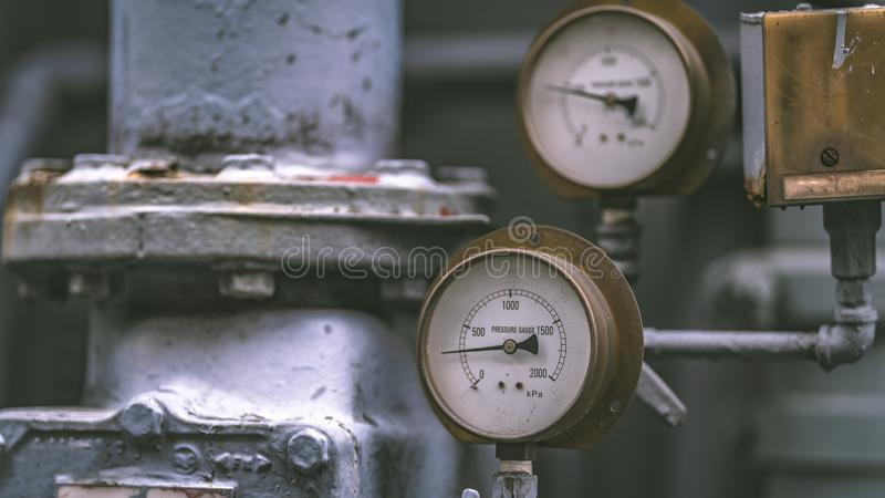 Pannello di misura di pressione nel laboratorio di scienza fotografia stock libera da diritti