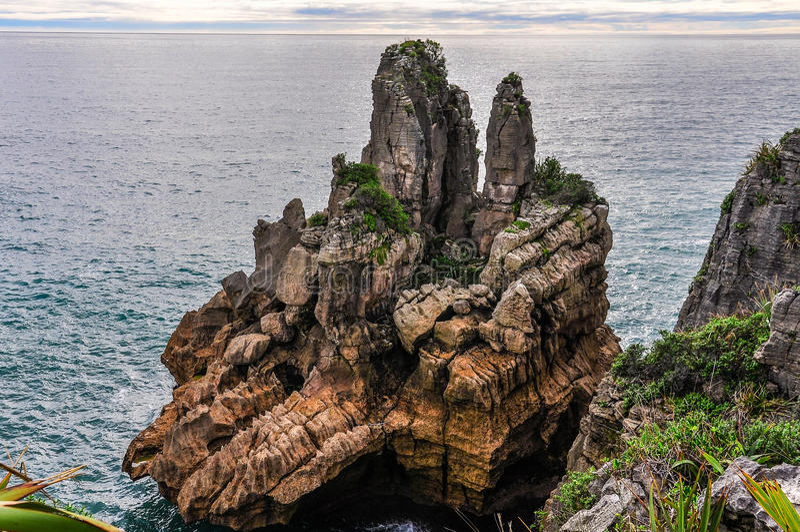 Pannkakan vaggar i Punakaiki, Nya Zeeland royaltyfri foto