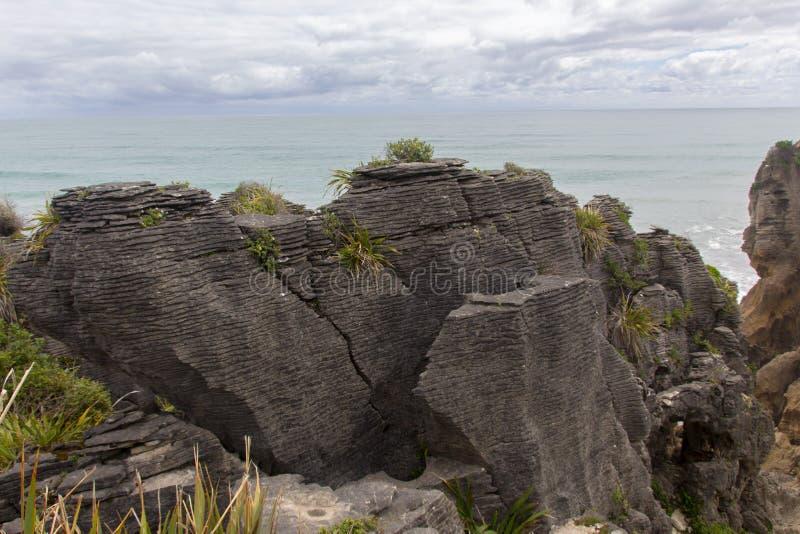 Pannkakan vaggar Punakaiki Nya Zeeland royaltyfria bilder