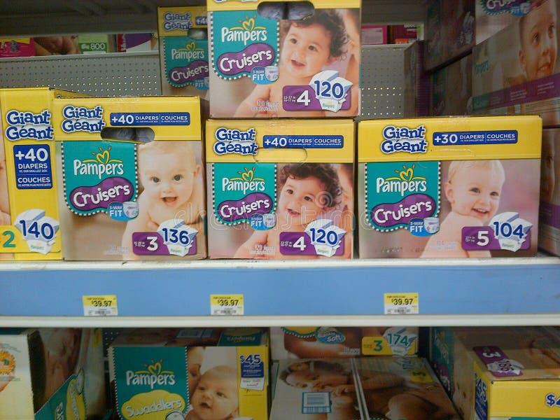 Pannolini del bambino sulla vendita immagine stock
