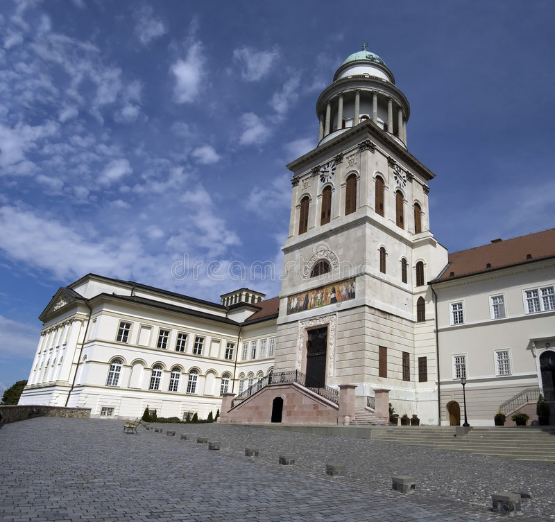 Download Pannonhalma photo stock. Image du historique, landmark - 8670224