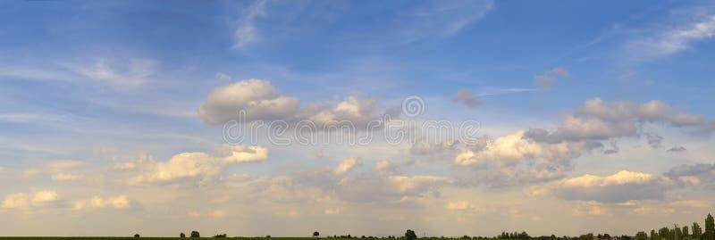 Download Pano del cielo immagine stock. Immagine di guidacarta, religione - 200785