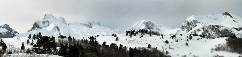 Pano delle montagne fotografia stock