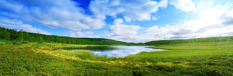 Pano do lago norte da montanha fotografia de stock