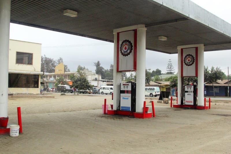 Panone y la compañía limitaron la estación del combustible en Arusha Tanzania fotos de archivo