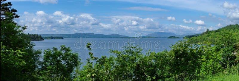 Panorámico del lago Corrib foto de archivo libre de regalías