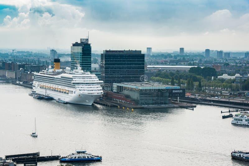 Panoram sikt på Amsterdam, Nederländerna arkivfoton