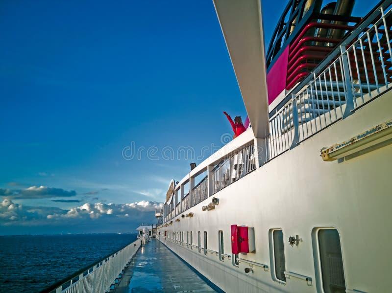 Panoram van Oostzee met cruise lainer stock foto's