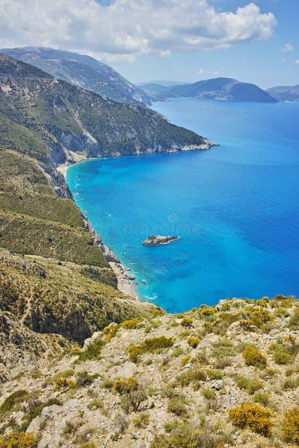 Panorama étonnant des montagnes et du littoral de Kefalonia, Grèce photos libres de droits