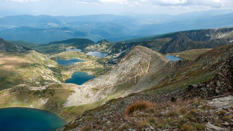 Panorama étonnant des sept lacs Rila photo libre de droits