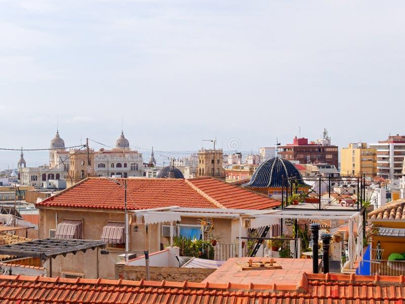 Panorama aéreo de la ciudad hermosa de Alicante españa foto de archivo