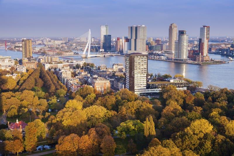 Panorama aéreo de Rotterdam fotografía de archivo libre de regalías