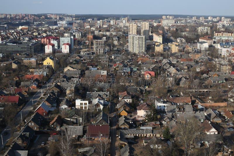 Panorama aéreo de Snipiskes de la vecindad vieja, Vilna, Lituania foto de archivo libre de regalías