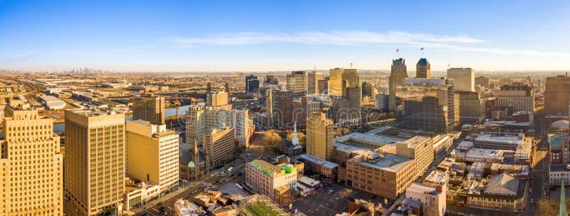 Panorama aéreo del horizonte de Newark New Jersey imagen de archivo