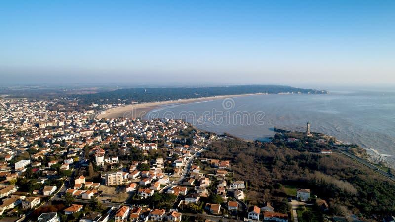 Panorama aéreo del santo Georges de Didonne en Charente-Maritime imagen de archivo