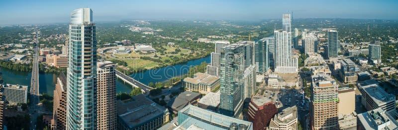Panorama a?rien de bourdon d'Austin Texas du centre Etats-Unis photos stock