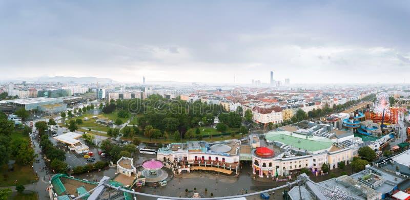 Panorama aérien de la ville de Vienne depuis la grande roue de Vienne à Wurstelprater, Autriche Vue Skyline photo libre de droits