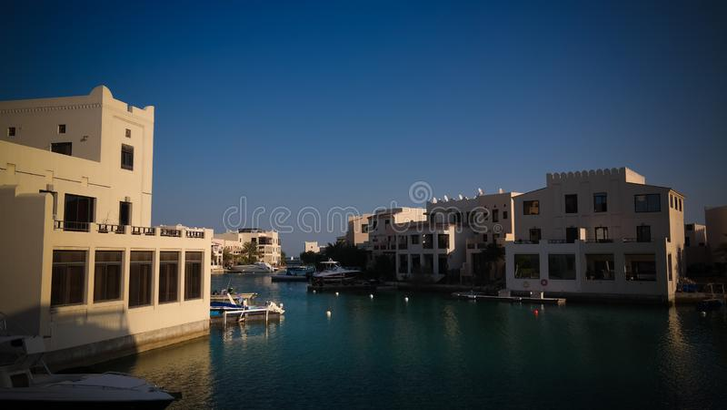 Panorama aan het Drijven Stadsdistrict van Manama, Bahrein royalty-vrije stock foto's