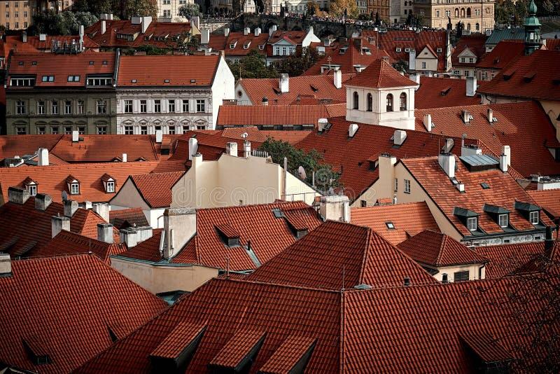 Panorama aereo di estate scenica dell'architettura di Città Vecchia a Praga, repubblica Ceca fotografia stock