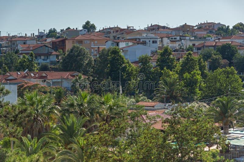 Panorama al centro turístico de Nea Fokea en la península de Kassandra, Chalkidiki, centavo fotos de archivo libres de regalías