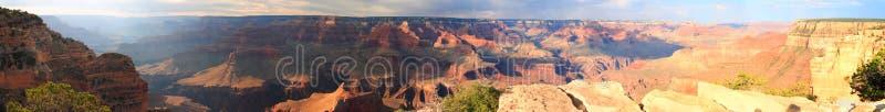Panorama al tramonto sul grande canyon immagini stock libere da diritti