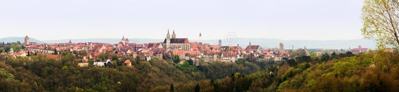 Panorama amplio del der Tauber del ob de Rothenburg imágenes de archivo libres de regalías